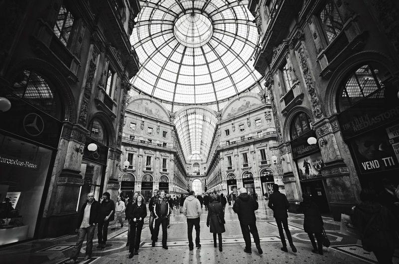Milano Milan Traveling Travel Blackandwhite Black And White Black & White DmitryBarykin Europe Travelling
