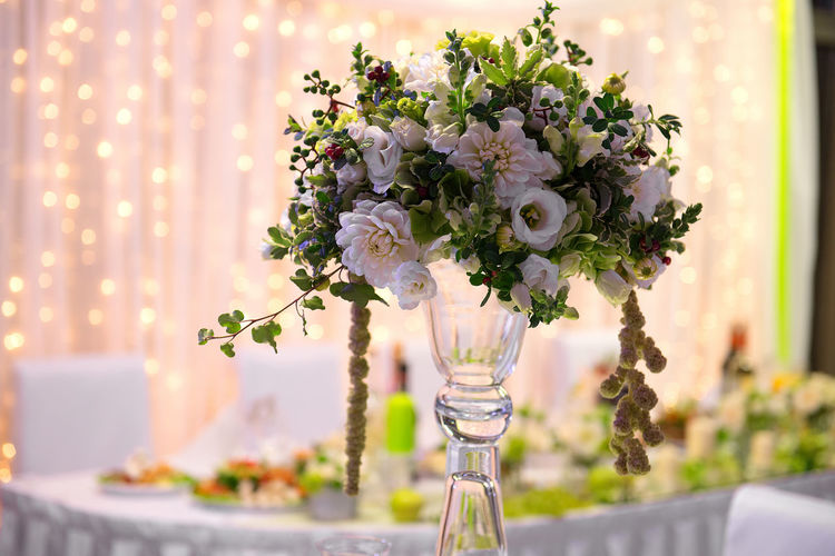 Beauty In Nature Bouquet Celebration Centerpiece Close-up Day Decor Decotation Flower Flower Head Focus On Foreground Fragility Freshness Holiday Indoors  Nature No People Table Table Layout Taking Photos Vase Wedding Details