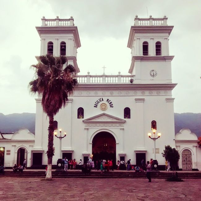 Colombia Basilica Girón Santander Streetphotography