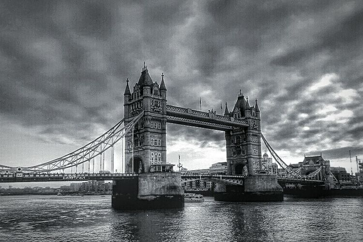 Rule Of Thirds Tower Bridge  EyeEm Best Edits Just A Memory Monochrome Travel London