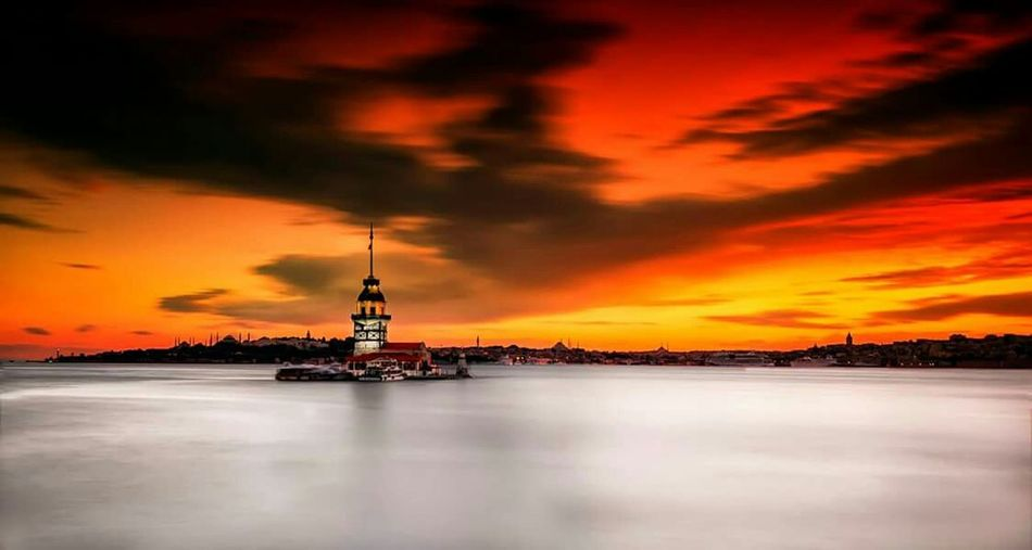 Maiden Tower Maidentower Istanbuldayasam Istanbul Turkey Kızkulesi Sunset Sun Sunrise Turkey Istanbullovers Istanbul City Maidens Tower Kizkulesi Maidens Tower  Istanbul - Bosphorus Istanbulove Long Exposure Love EyeEm Nature Lover Nature Landscape Architecture Red Salacak Light
