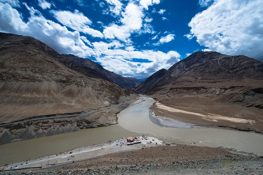 The confluence of the Zanskar River (from top) and the Indus (bottom flowing from left to right) is 3 km southeast of Nimmu village in Ladakh. Confluence Indus River Indus Zanskar Ladakh Leh Zanskar River