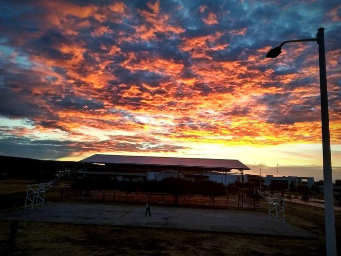 #la naturaleza sorprende con cada amanecer, con cada instante es un placer al respirar y sentir las ganas de querer luchar... Water Sunset Beach Beach Volleyball Sea Sky Cloud - Sky Built Structure The Great Outdoors - 2018 EyeEm Awards