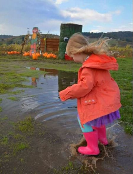 Child Children Only Childhood Girls Water Full Length People Rear View Blond Hair Outdoors Day Grass Sky Puddle Ducks Jumping Into Water Blayklee Bean Granddaughterloves♡♡♡ WillametteValley Travel Destinations Oregon Unlimited EyeEm Gallery Scenics Family Time Love To Take Photos ❤ Something Special