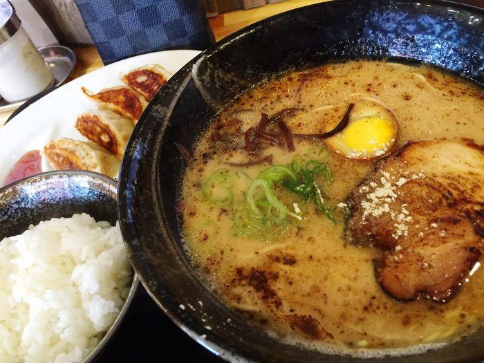 熊本らーめん 久しぶりに食べた! Lunch ラーメン Ramen 餃子