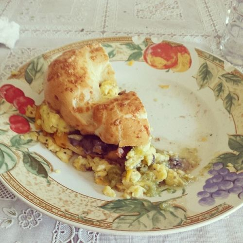 Bro made breakfast!! Deliciousbreakfastmybrodid HesagreatCOOK Thankyoubrody