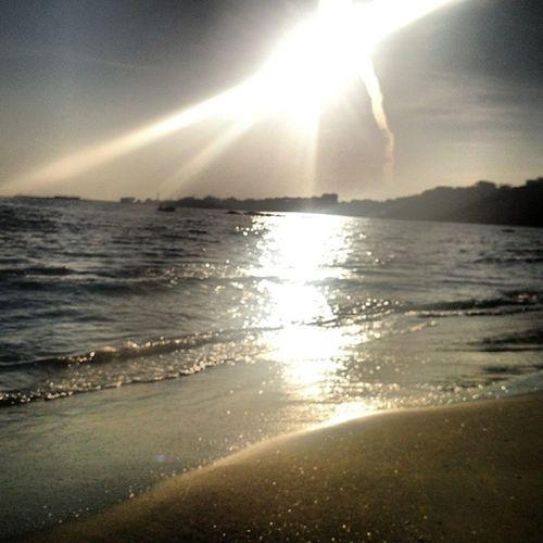 Yumurtal ık Adana da G üneş in Deniz de büyüleyici yansıma sı