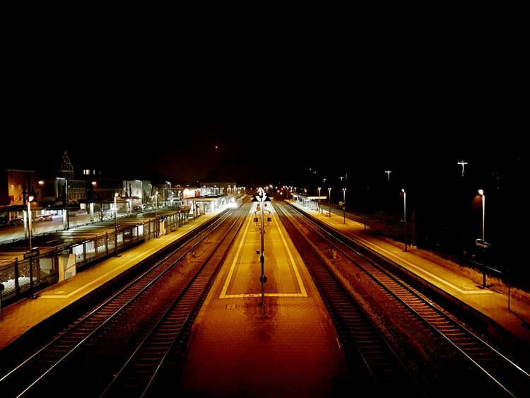 Outdoors Backgrounds Music Mobile Phone Nigth 🌜⭐️ Nightphotography Nigth  Street Photography Street Light Rare View City No People Looking Into The Future Rare Moment Walking Train Train Station Zug Bahnhof Bahnsteig  Fresh On Eyeem  Finding New Frontiers Traveling Home For The Holidays The City Light