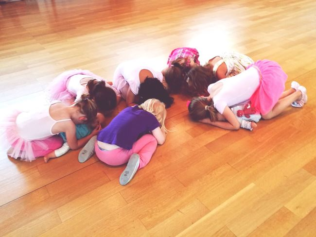 Mis Ninas! MY Jazz Ballet Hardwood Floor High Angle View Medium Group Of People Indoors  Togetherness People Sitting Girls Child Friendship Full Length Day Exercising Adult Student Young Adult
