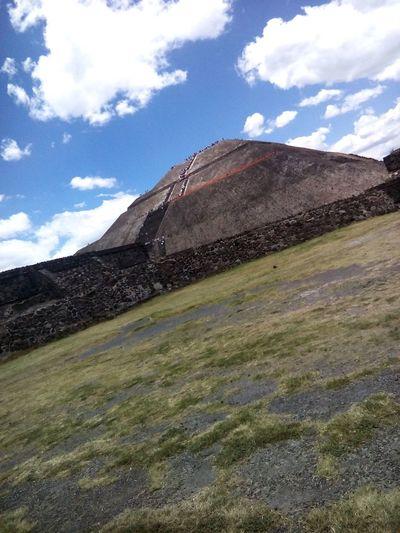 Teotihuacan Pirámides De Teotihuacan Exploring Piramide Del Sol Piramide