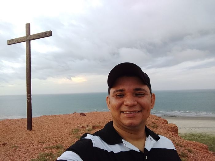 Ponta do Mel - Looking At Camera RN Portrait Beach Cloud - Sky Only Men One Man Only One Person Smiling Sea Front View Sky Day Adult Sand People Adults Only One Young Man Only Happiness Outdoors Men First Eyeem Photo