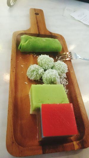 Peranakan Food Yummy Onde Nyonyafood Dessert Kueh