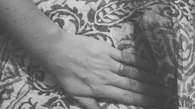 Human Body Part Tulle Covered Flaws Nails Happy New Year Woman The Amazing Human Body No Face Rings New Years Resolutions 2016 Change Your Perspective Ladyphotographerofthemonth AMPt_community Tadaa Community Streamzoofamily NEM Submissions Shootermag WeAreJuxt.com Starmatic Family Human Finger Change EyeEm Best Shots - Black + White Hands Hand