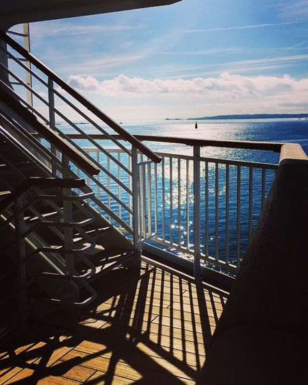 Nice view from the back of the ship ! ⚓️🛳 Ship Atwork Taking Photos Sunlight Sky Sea No People Outdoors Built Structure Stairs Roscoff Port France Bretagne Brittany Escaliers EyeEm Best Shots Market EyeEmBestPics Crewlife Steward