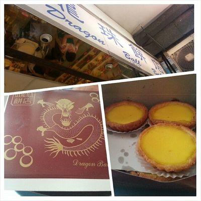 Egg tart for snacks at Famous Dragon Ball Bakery. Ps: But I prefer macau 's portugese egg tart YumYum Eatneat Hehehe Familyvacation2014 24072014 eggtart dragonballbakery