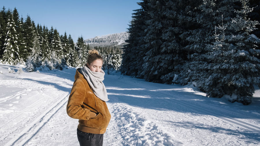 Harz Harz Harzmountains Harz Mountains, Germany Harzreise Brocken Hiking Schnee Snow Winter Winter Wonderland Tree Cold Temperature Nature Outdoors One Person Plant Warm Clothing Clothing Three Quarter Length Day Men Standing Holiday Mountain Leisure Activity Child Land Pine Tree