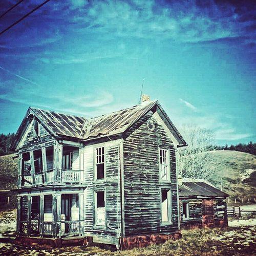 Abandoned_houses Rural_love Loves_abandoned Igers_of_wv bipolaroid_asylum ig_addicts forgottenplaces wv_igers trb_rural rsa_country appalachia wv_nature gotowv ruralphotography aj_ladies jj_unitedstates ipulledoverforthis fiftyshades_of_history abandoned_junkies pocket_abandoned westvirginia