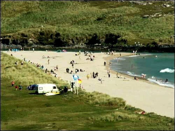 The Essence Of Summer Barleycove Mizen Head Mizen Peninsula Beach Cork Barleycove Lifrguard Sand Dunres Red Over Yellow