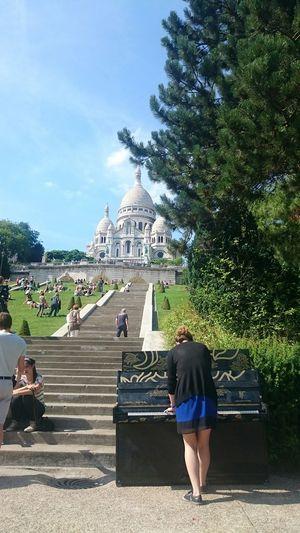 Pianist Piano Montmartre