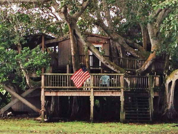 Florida Abandoned Cramer Island Hunting Lodge 'Merica