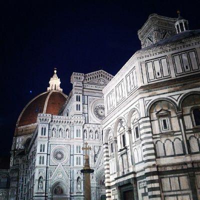 Duomo Santamariadelfiore Firenze Meraviglia cittàemozioniseraamoreprospettivabattisterocupola
