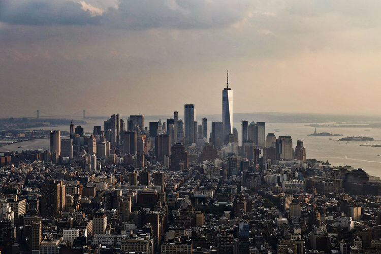 Manhattan New York Skyline Architecture Building Exterior Future Horizon Over Water One World Trade Center