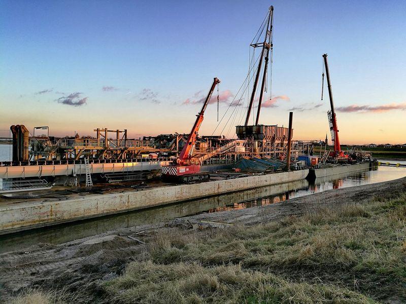 Baggermolen Heteren Crane - Construction Machinery Industry Working Rijn