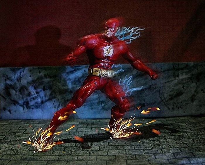 Great to have the flash back on our screens 😃 Toyunion ToygraphyID Toyphotography Actionfigures Toyslagram Justanothertoygroup Toyrevolution Toyfriends Toys4life Toyplanet Toyartistry Mytoysquad Toyleague Toypops2 ILuvTCB Toycrewbuddies Sdcc Comicbooks Comicbook TheCW Dccomics Ata_dreadnoughts Toy_Epic Toycommunity Theflash