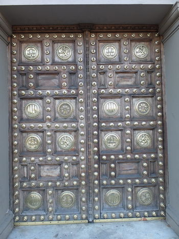 Ornate Door of Capitana Generale, Passieg Colom Architectural Feature Armed Forces Barcelona Close-up Closed Composition Door Entrance Full Frame No People Ornate Ornate Design Ornate Door Outdoor Photography Pattern Spaın Sunlight Sunlight And Shadow Tourism Tourist Attraction  Tourist Destination Unusual