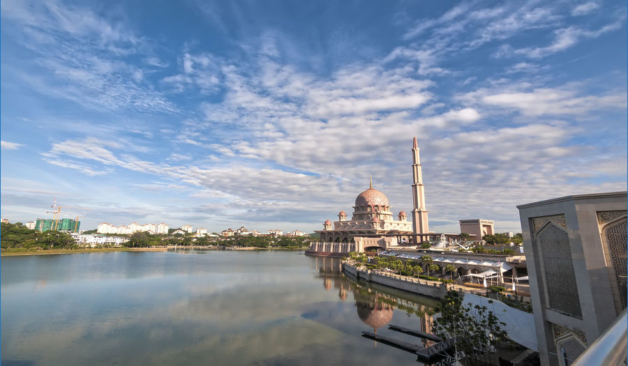 Masjid Putrajaya Mosque