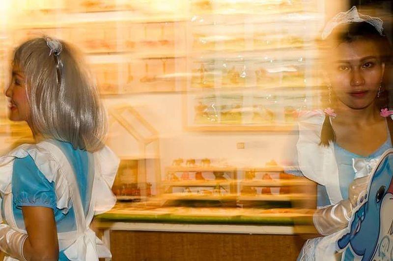 Supermarket Child Females Cheerful Smiling Women Girls Customer  Store Consumerism