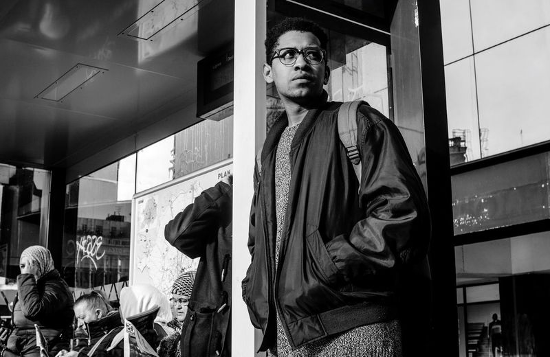 Snap A Stranger NEVER HIDE. Streetphotography Urban VSCO Streetphoto_bw Eyeglasses  Exploring Check This Out France Outdoor Photography