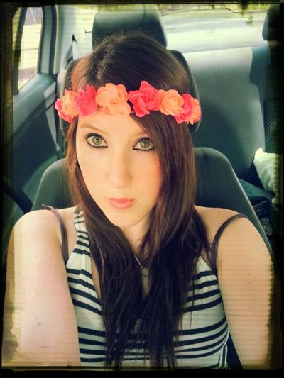 Hippie style emo chick with greeneyes and porcelain skin ★ british chick in South Africa and I'm loving life ♥ oh and I like selfies not becausr I'm conceited but because, why not? it's me and I'm having fun :) Relaxing Getting In Touch Escaping