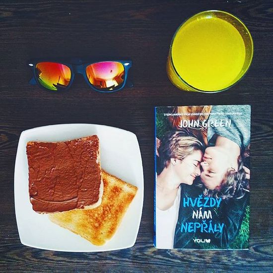 After a good breakfast we have to go to Granada 😄 Thefaultinourstars Nuttela Yummy Orangejuice sunglasses travelwithgabi