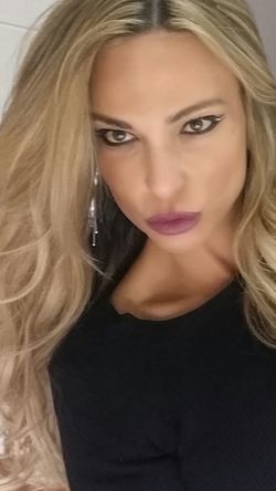 www.anastasiaverkos.com Helloworld ThatsMe Selfie Lips Lipstick Enjoying Life Make The Most Of Every Moment Loving My Life Love Happiness Fashion Hair Beautiful Girl Wow!! Enjoy Your Day Keep Smiling See You
