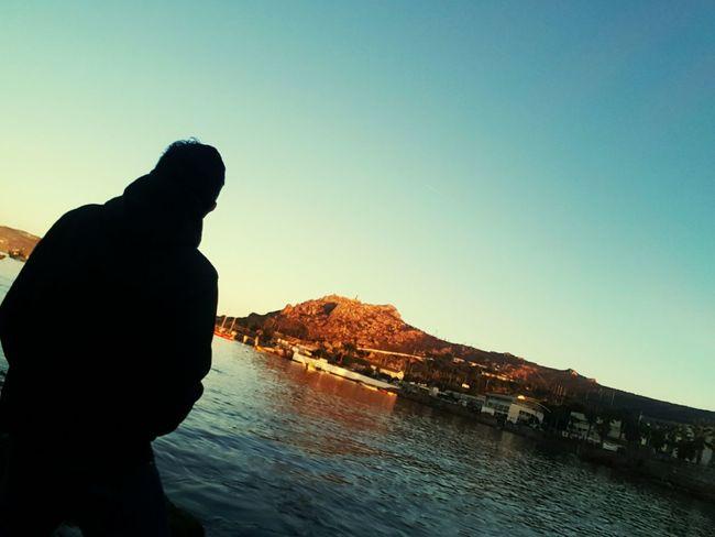 Momentos, la vida esta echa de lugares personas y momentos 🍃🌵 Momentos Moments Lugares Nature Naturaleza🌾🌿 Caminos Beach Discovery Satifaction Biutifull Day Amanecer Water Sea Silhouette Sunset Rock - Object Sky Natural Arch