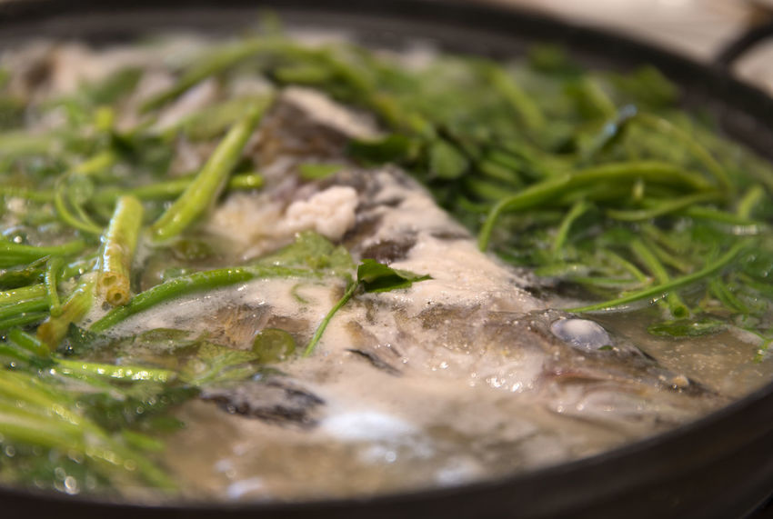 fish stew with water parsley South Korea Water Dropwort Boiling Boiling Stew Fish Stew Food Healthy Eating Healthy Food Stew Stew With Water Parsley Water Celery Water Parsley