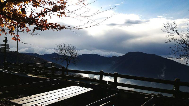 The speech of Fall. Landscape Mountain Mountain Range Cloud - Sky Nature Outdoors Sky Nature Photography Fall Beauty Fall Colors Autumn Colors Autumn