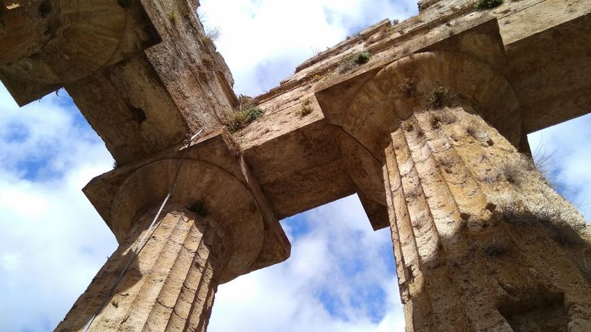 Old Ruin Low Angle View Cloud - Sky Architecture Sky History Day Archaeology Ancient Ancient Civilization Architectural Column Built Structure Travel Destinations Outdoors No People Nature Heritage Paestum Italia Blue Sky Tourism Explore Exploring Adventure Full Length Paint The Town Yellow Been There. Been There. EyeEmNewHere The Week On EyeEm Done That.