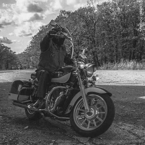 ФотоМотоЗарисовки. Сувенир. Irontigers Irontigersmc Bormanmotophotographer Bormanphotographer Blackandwhite Чб чбфото Motoinmode Moto