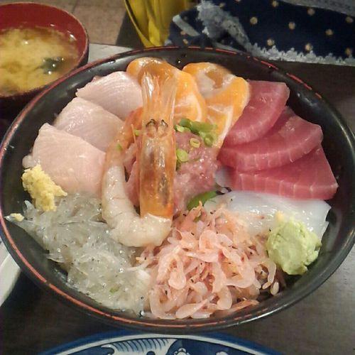 海鮮たっぷり 丸天丼 沼津港 一番人気