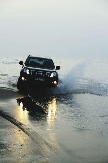 I,Am Crazy Toyota Landcruiser Khezer Shahr Sea Beach Off Road