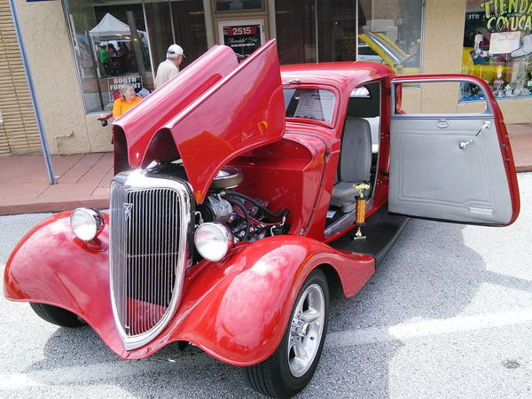 MeinAutomoment Block Party Classic Car Show Vintage Cars Blockparty Neighborhood Memories  1st Prize Winner! Best in Show ~ Vintage Car. 1934 Ford Coupe. Overland Block Party 2016.
