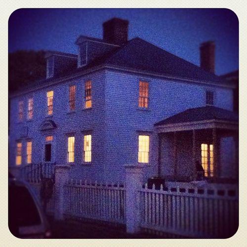 #portsmouth #newhampshire #igersNH #igersNY #igersNYC #history #house #light #dusk #prescottpark #home #warm #cute Portsmouth Warm Newhampshire Igersnyc Igersny Igersnh Prescottpark Light Home Dusk Cute House History