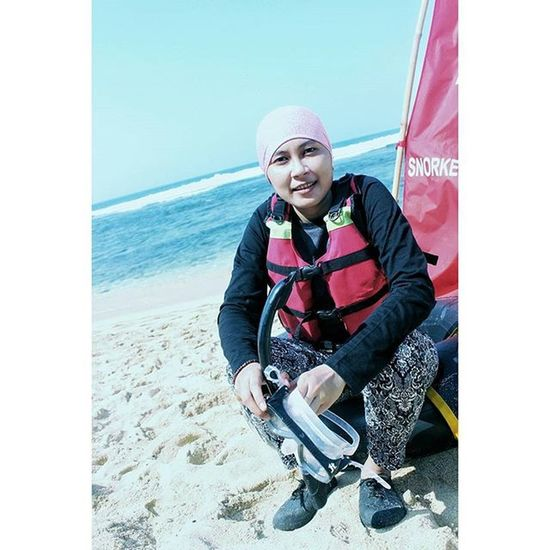 Hmm @wayanmahasintya Pantai Sundak Gunungkidul Jogja Snorkeling Camera Canon