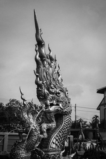 Brahmanism serpent Sculpture Art And Craft Architecture Creativity Craft Belief Human Representation Outdoors Serpent Brahmanism
