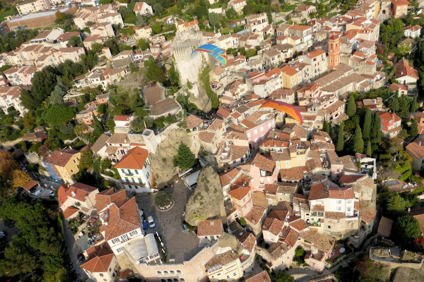 First Eyeem Photo Paragliding Inflightpictures Pinella Outdoor Sport Houses On Hill Houses On Mountain Houses From Above Colourful Colours And Patterns France