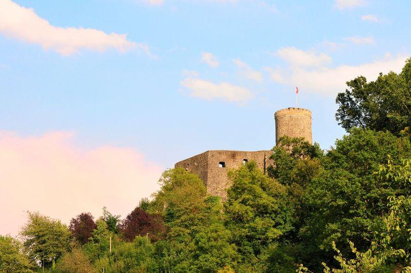 Burg Husen Burg