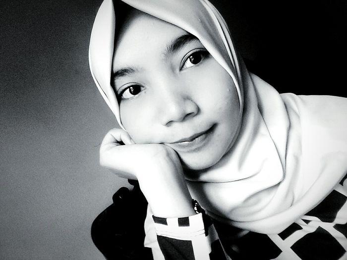 First Eyeem Photo Black And White Veiled Girl White Veil