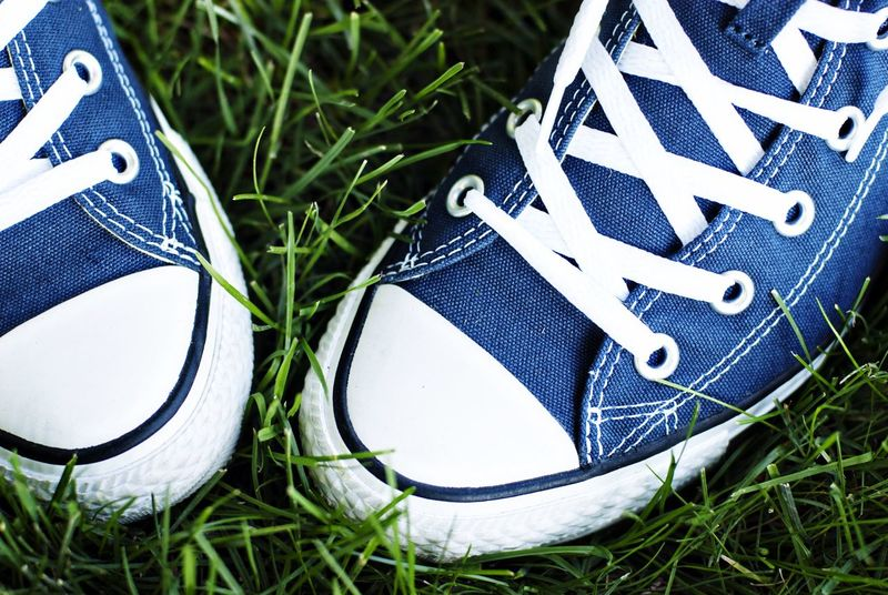 Striking Fashion Navy Blue Shoes Feet Favorites